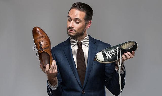 Какво гадже е според любимите му обувки!